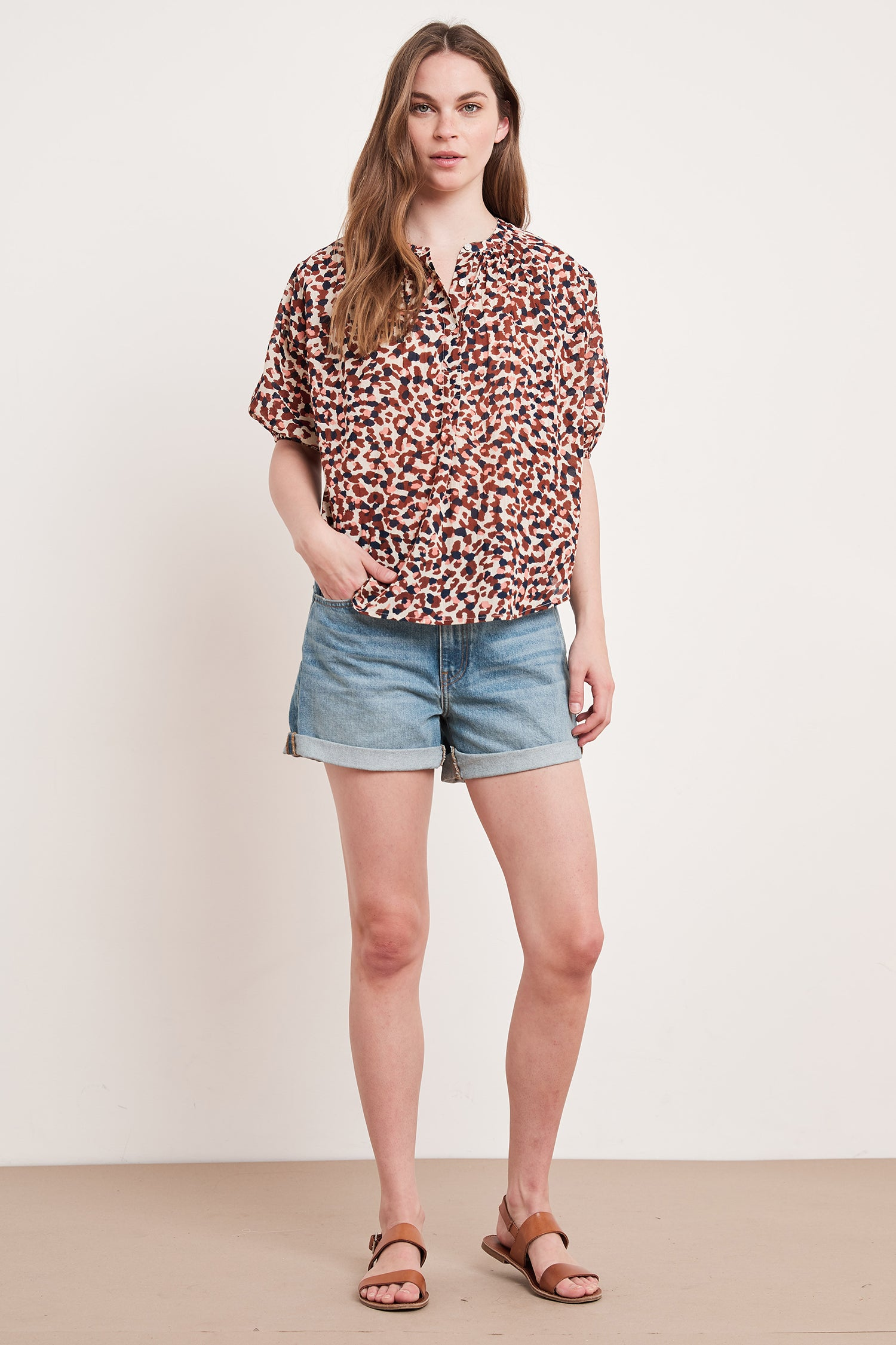 ALBEE PRINTED COTTON VOILE TOP IN BOBCAT