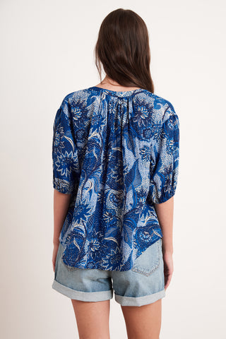 ALBEE PRINTED COTTON VOILE TOP IN EMPIRE