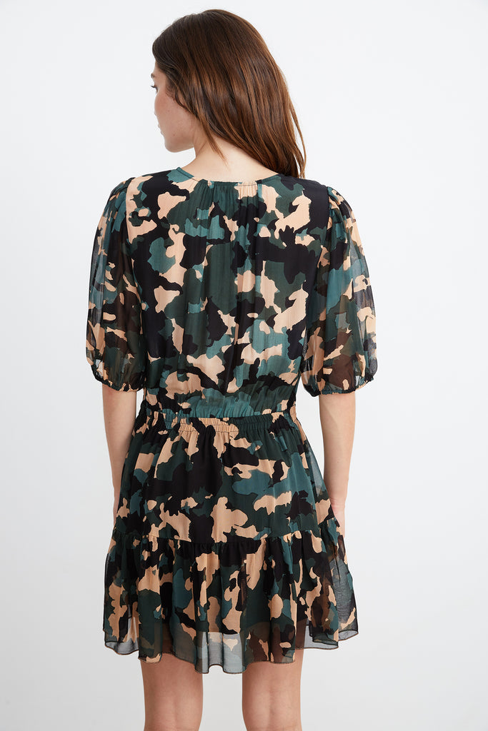 SASKIA HALF PLACKET DRESS IN CAMO