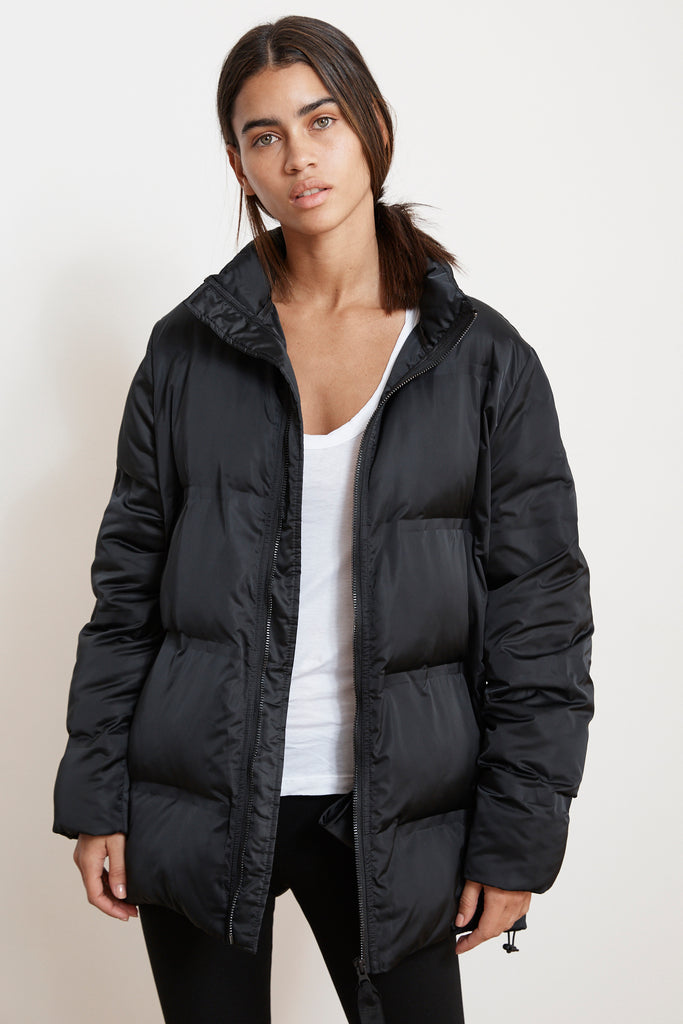 SPENCER OVERSIZED PUFFER JACKET IN BLACK