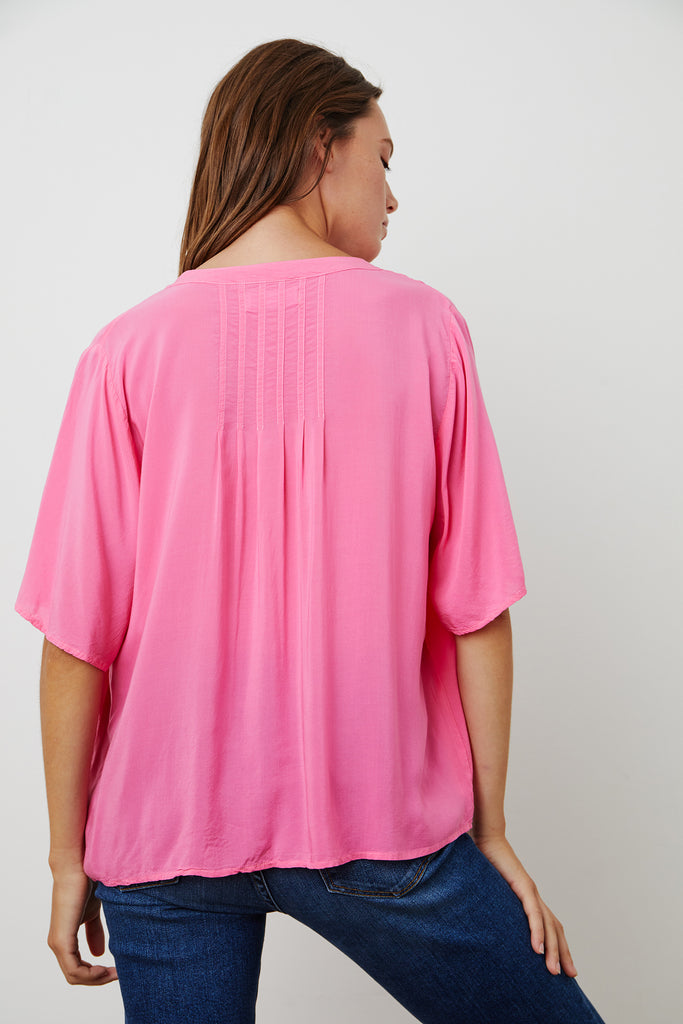 JAYCEE SPLIT NECK BLOUSE IN POP