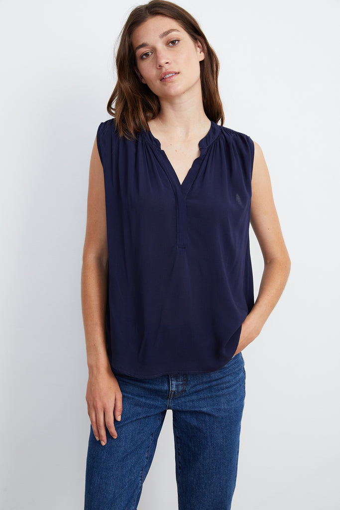 RAVIN SLEEVELESS BLOUSE IN POSTMAN