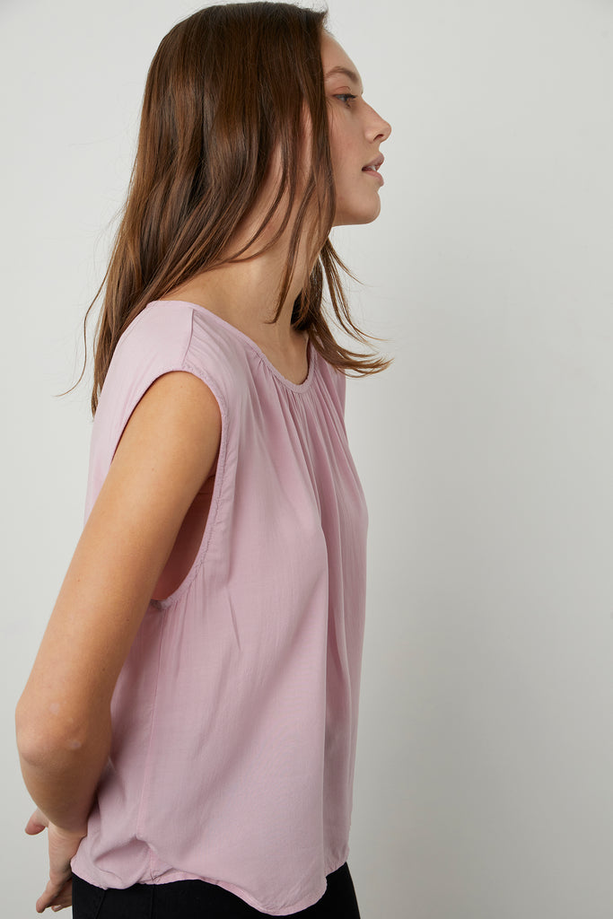 JADE CAP SLEEVE BLOUSE IN LADY