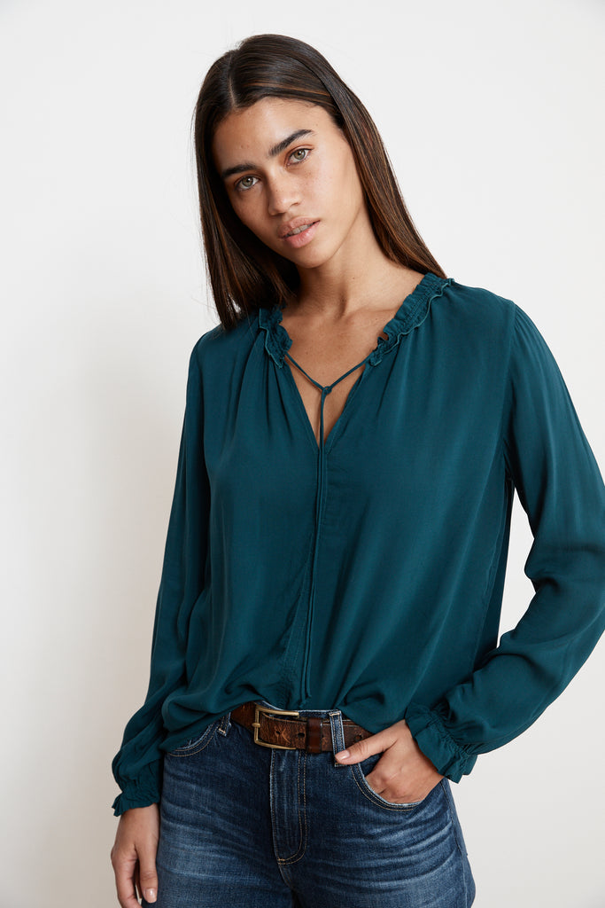 SAMANTHA RAYON CHALLIS PEASANT TIE TOP IN GARDEN