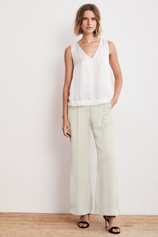 LIVI SATIN VISCOSE WIDE LEG PANT IN CREMA