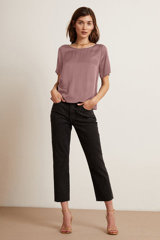 BELLA SATIN VISCOSE TOP IN BLUSHER