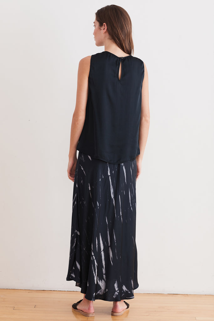 TRINA TIE DYE SATIN SKIRT IN CHARCOAL