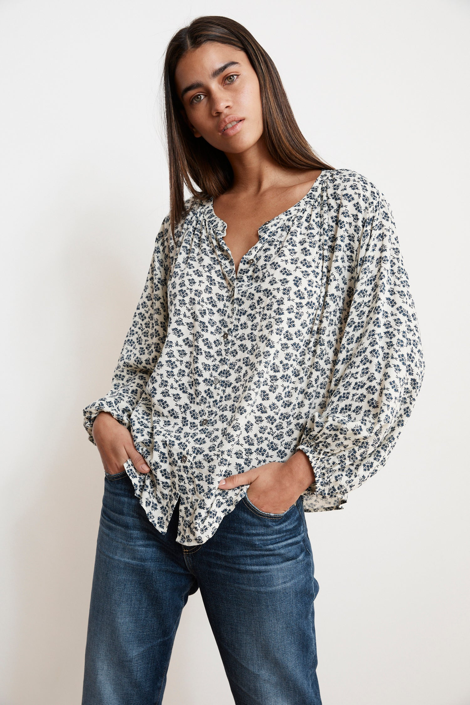 KISSAN SHEER PRINTED GAUZE BUTTON UP BLOUSE IN SWISS