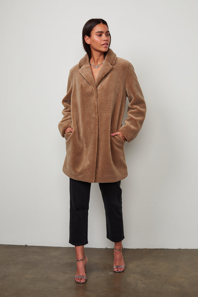 TRISHELLE LUX SHERPA OVERSIZED COAT IN MINK