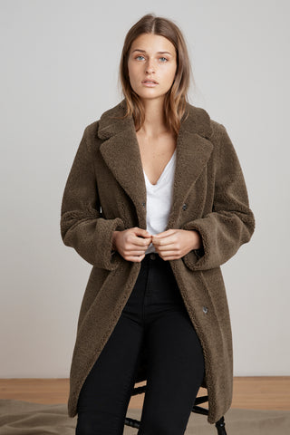 TRISHELLE LUX SHERPA OVERSIZED COAT IN OLIVE