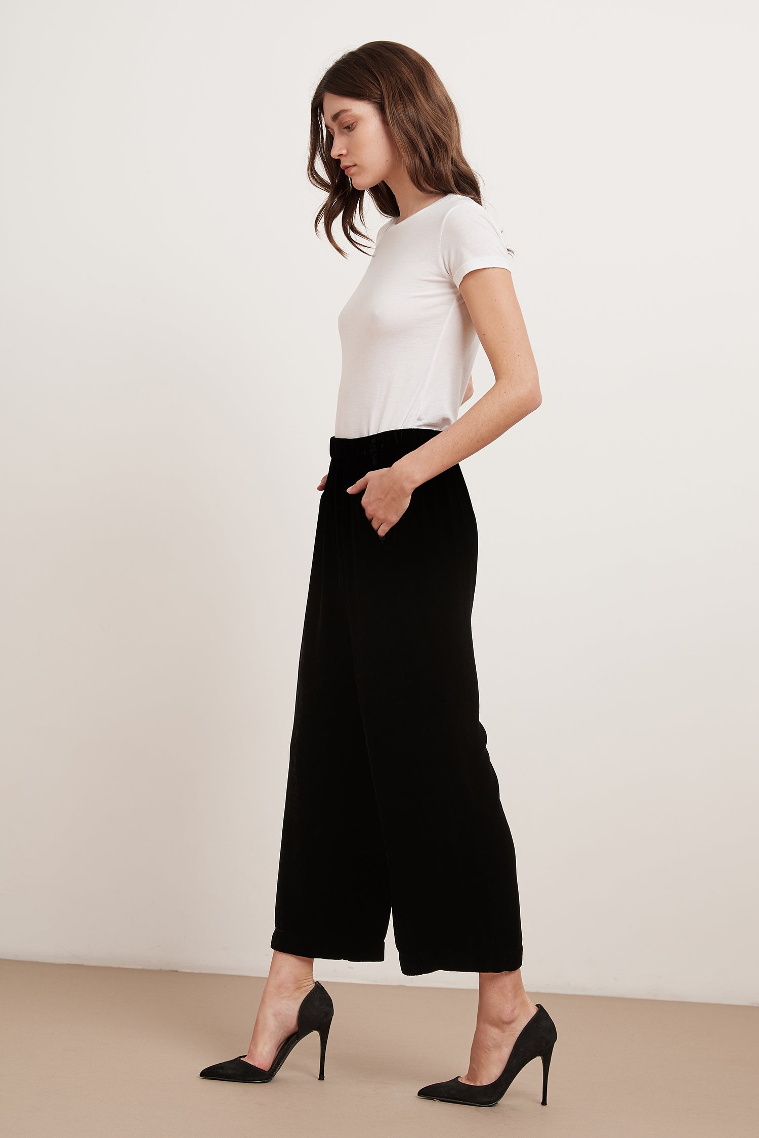 FRIDA SILK VELVET TROUSERS IN BLACK