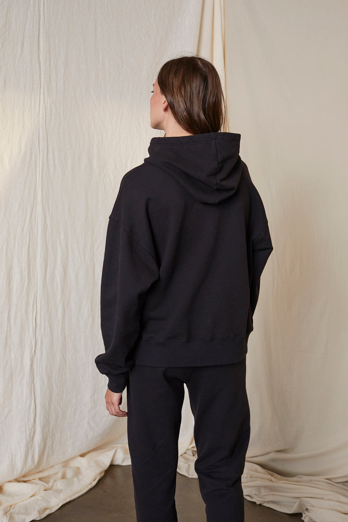 ORA SOFT FLEECE FUNNEL NECK HOODIE IN VINTAGE