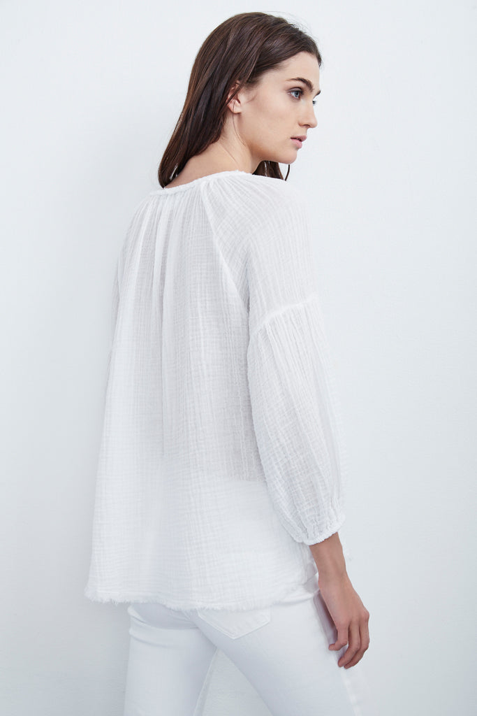 OCTAVIA SOFT COTTON GAUZE PEASANT TOP IN WHITE