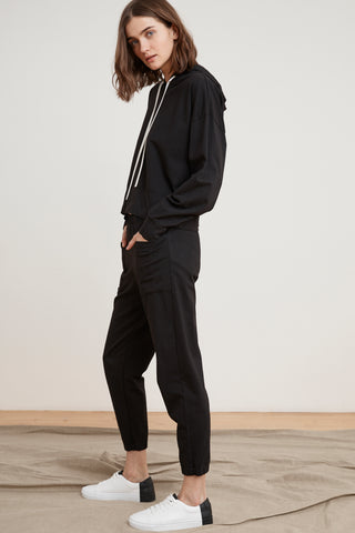RICARDA STRUCTURED COTTON JOGGERS IN BLACK