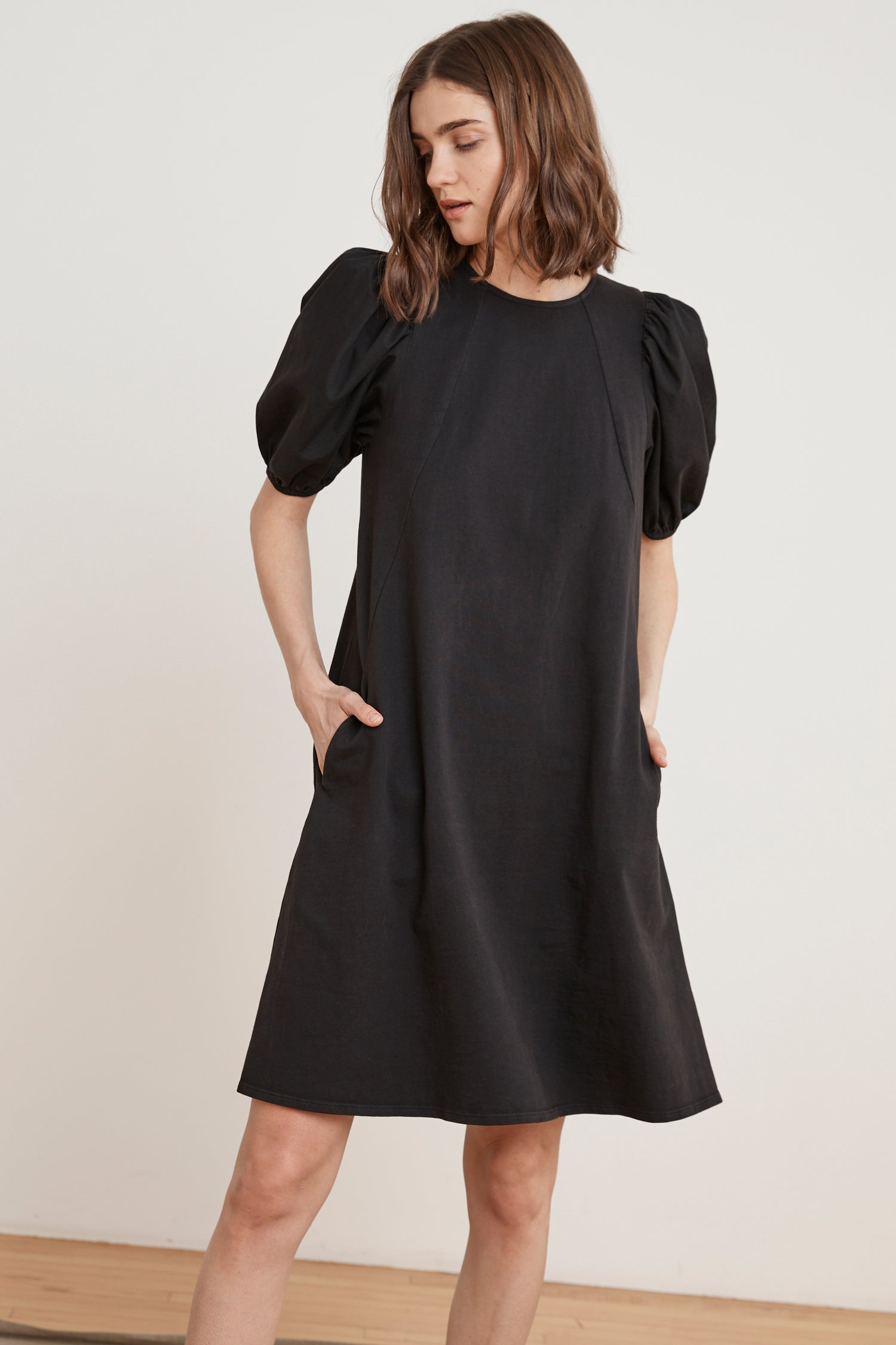 SIAMI STRUCTURED COTTON DRESS IN BLACK