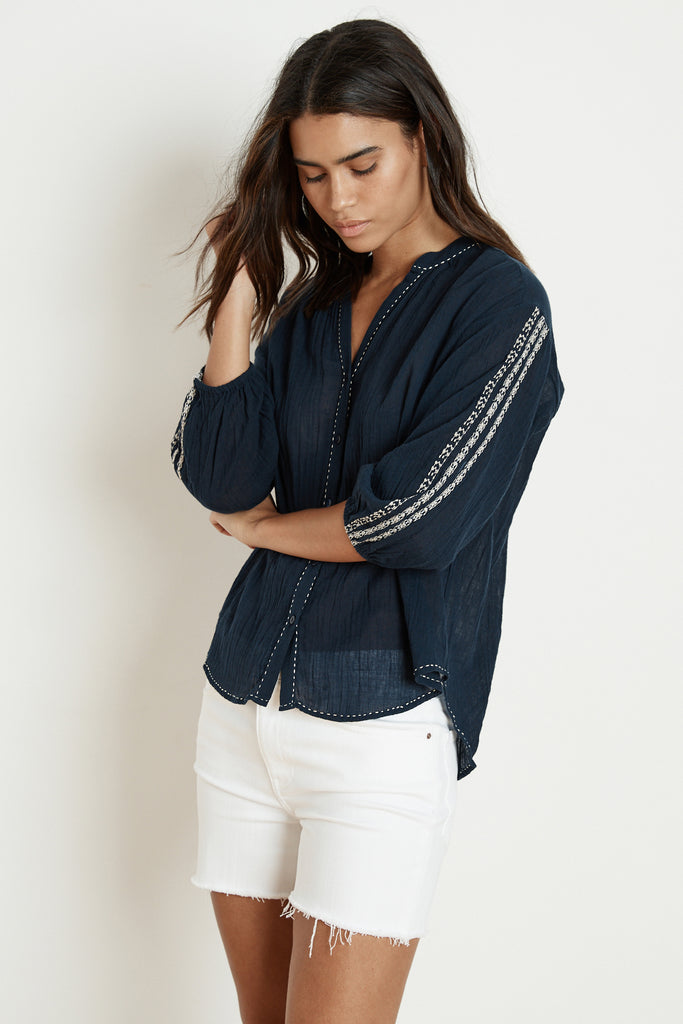 AUBURN EMBROIDERED URSULA GAUZE BLOUSE IN NAVY
