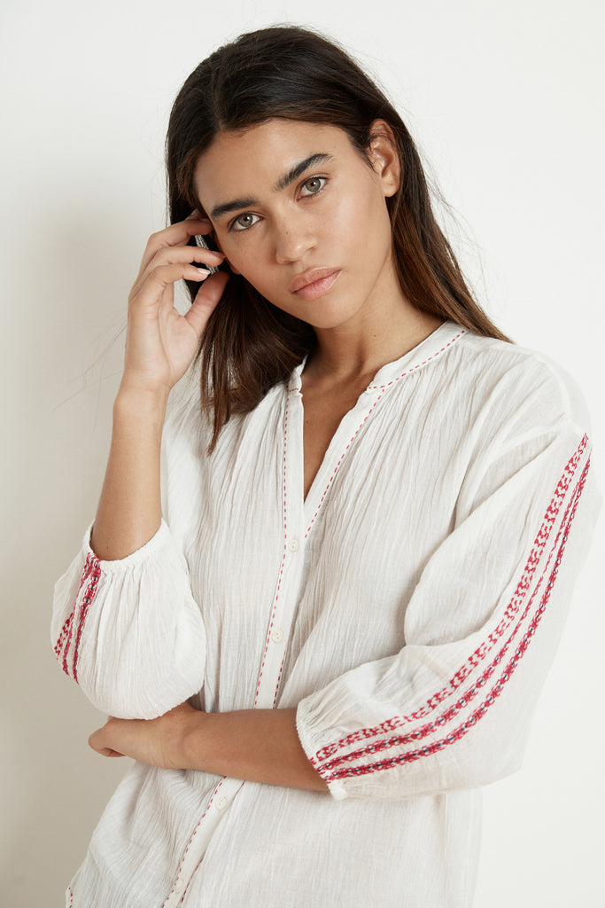 AUBURN EMBROIDERED URSULA GAUZE BLOUSE IN CREAM