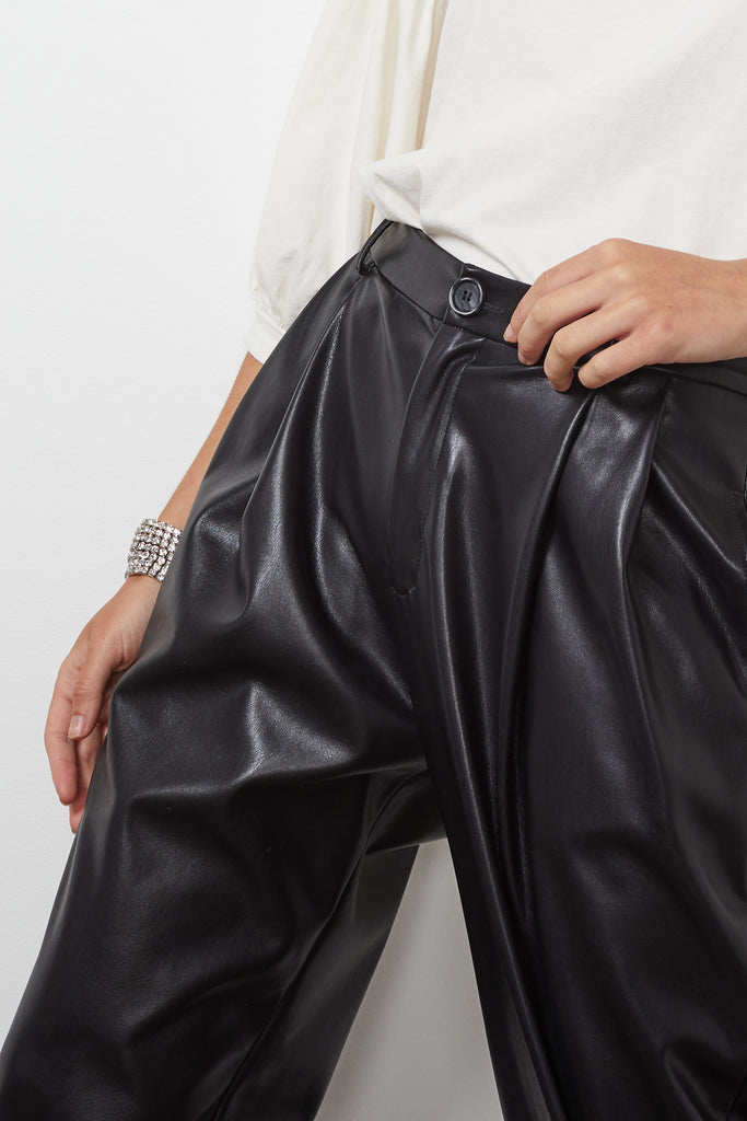 SIMONE VEGAN LEATHER PANT IN BLACK