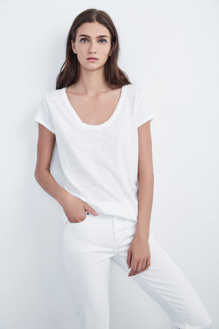 KIRA ORIGINAL SLUB SCOOP NECK TEE IN WHITE