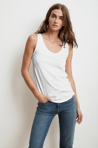 JEN SCOOP NECK TANK TOP IN WHITE