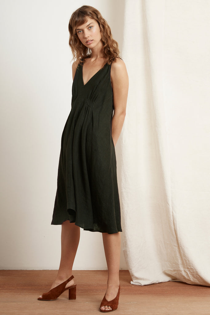 BRYNNE WOVEN LINEN DRESS IN DILLWEED