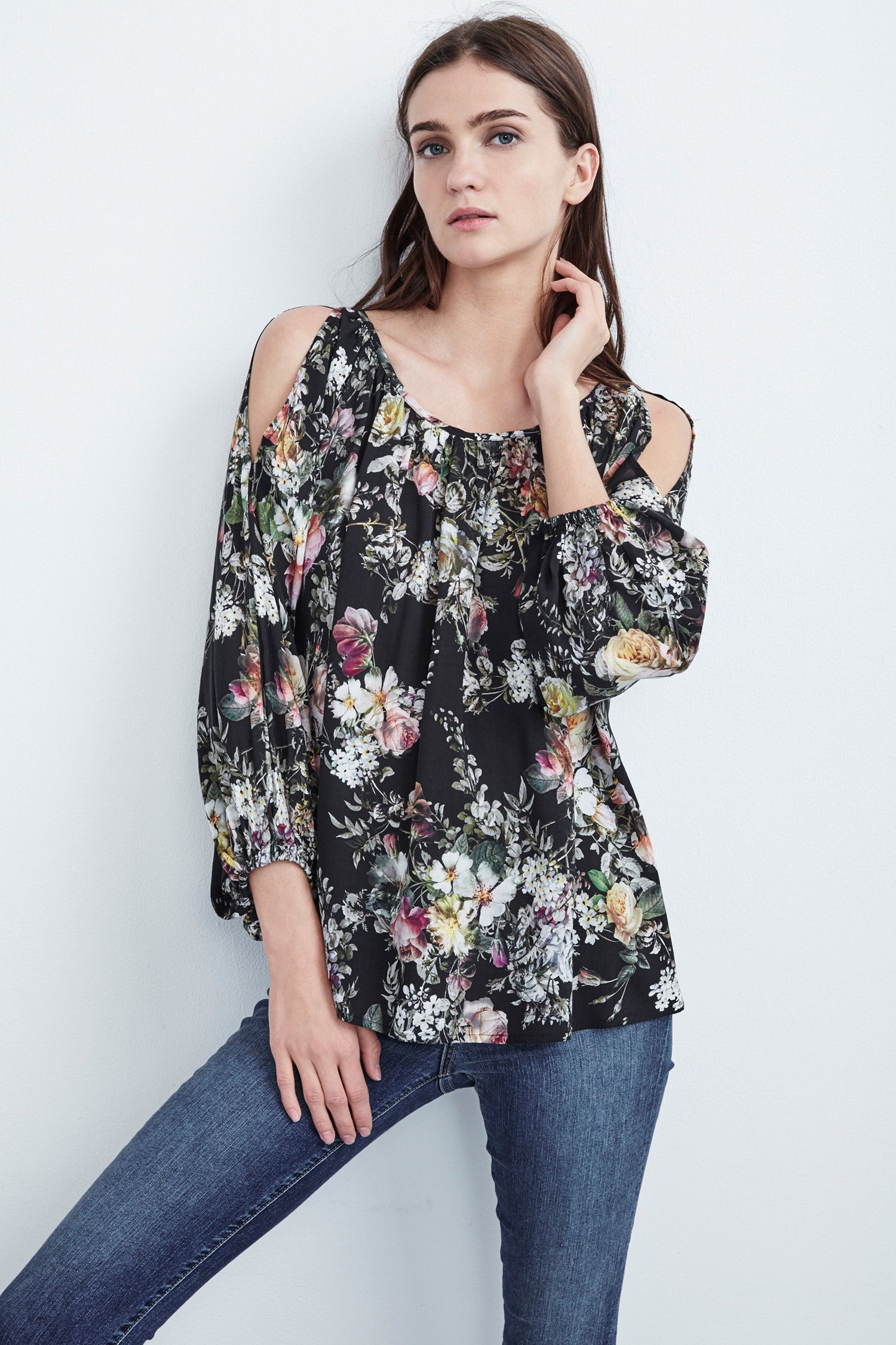 VIVIEN VINTAGE FLORAL PRINT SLIP COLD SHOULDER BLOUSE IN BLACK