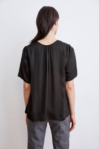 TITA SATIN VISCOSE SCOOP NECK TOP IN SHADE