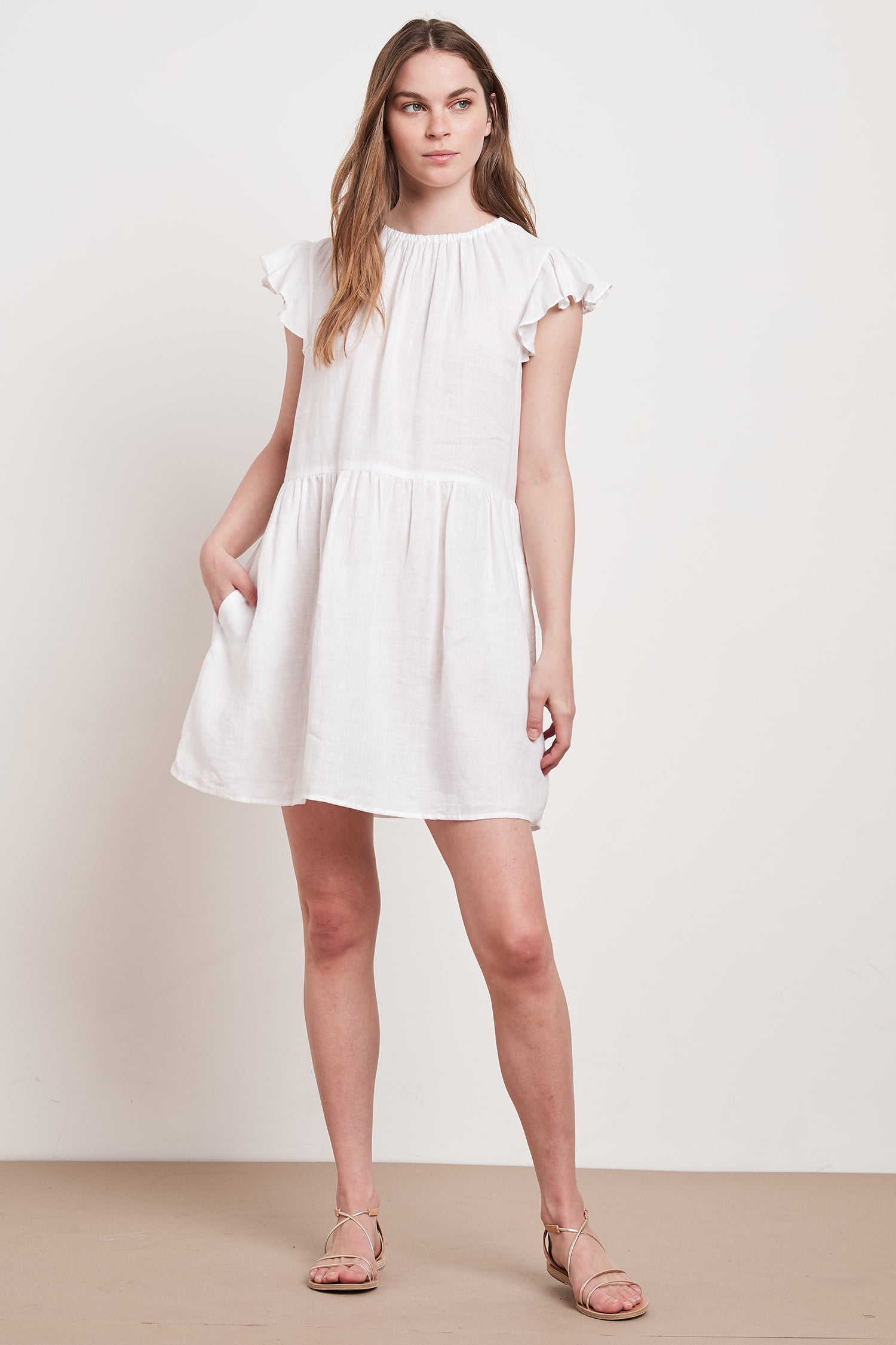 EVONNE WOVEN LINEN DRESS IN WHITE