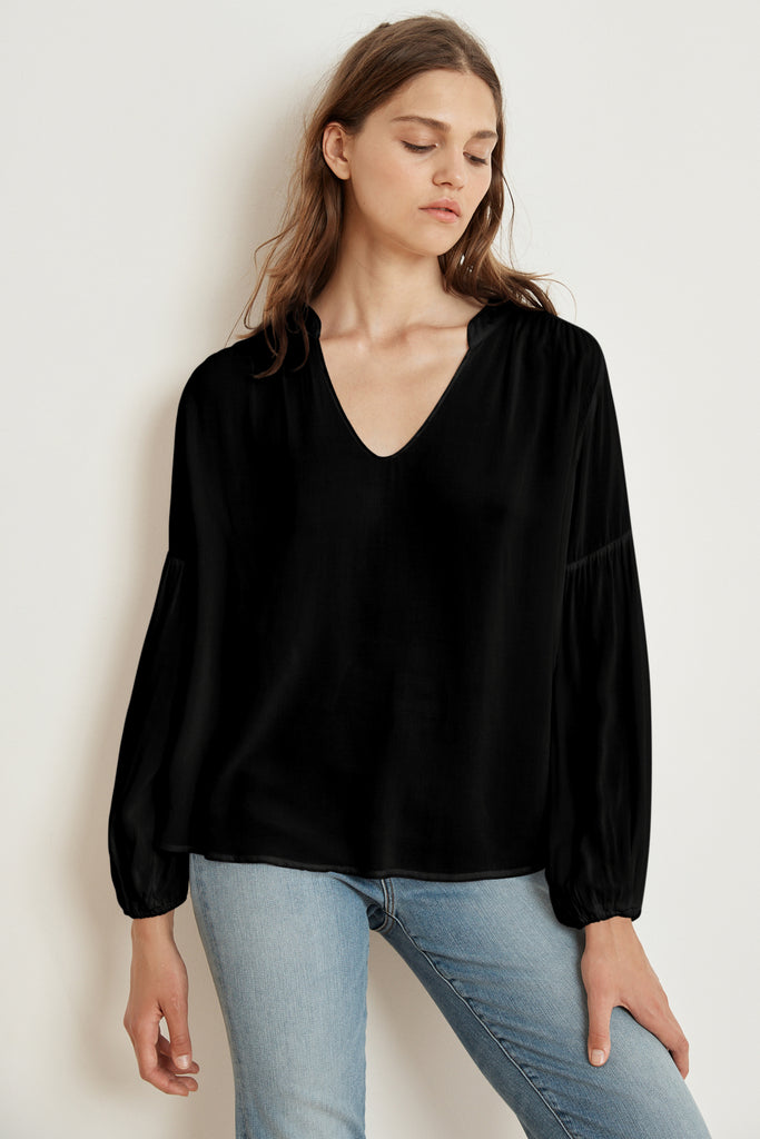 YULIA RAYON CHALLIS PEASANT SLEEVE BLOUSE IN BLACK