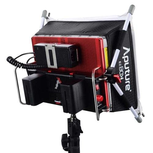 Aputure Amaran Tri-8s Daylight Spot Light (AB-Mount)