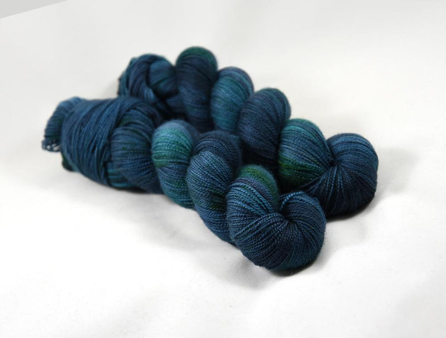 Destination Yarn fingering weight yarn SHORELINE