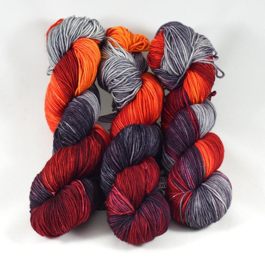 Destination Yarn Mini Skein Set Fire Collection - MINI SKEIN SET
