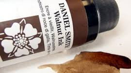 DANIEL SMITH WALNUT INK
