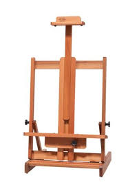LYPTUS WOOD TABLE EASEL