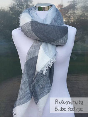 Blanket Scarf Square Check (Baby Blue, Charcoal Gray, White)