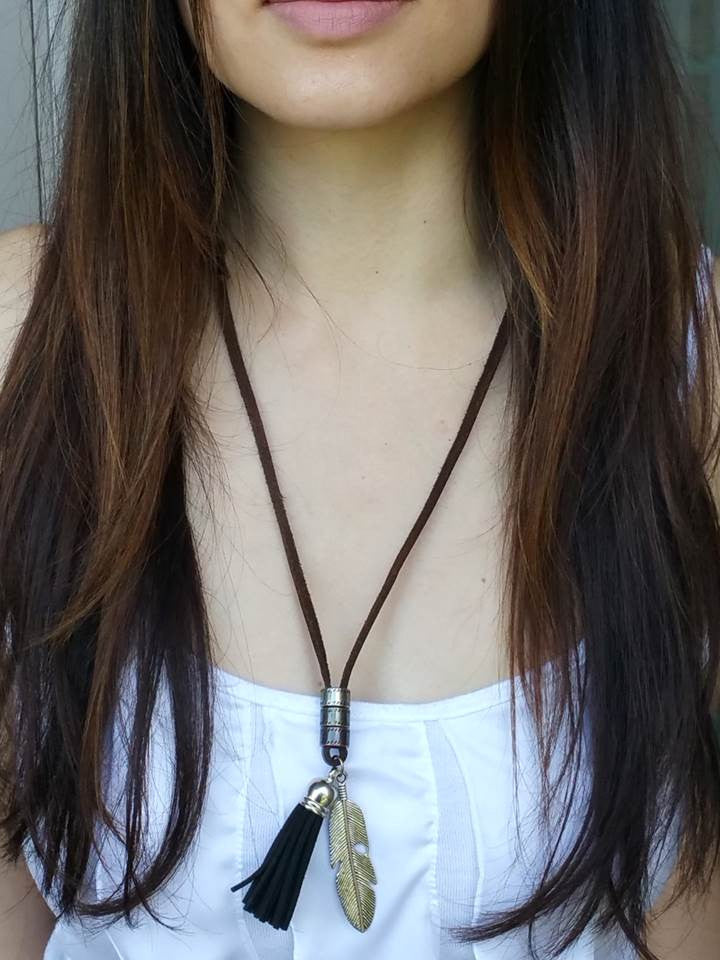 Suede Tassel Necklace (Black)