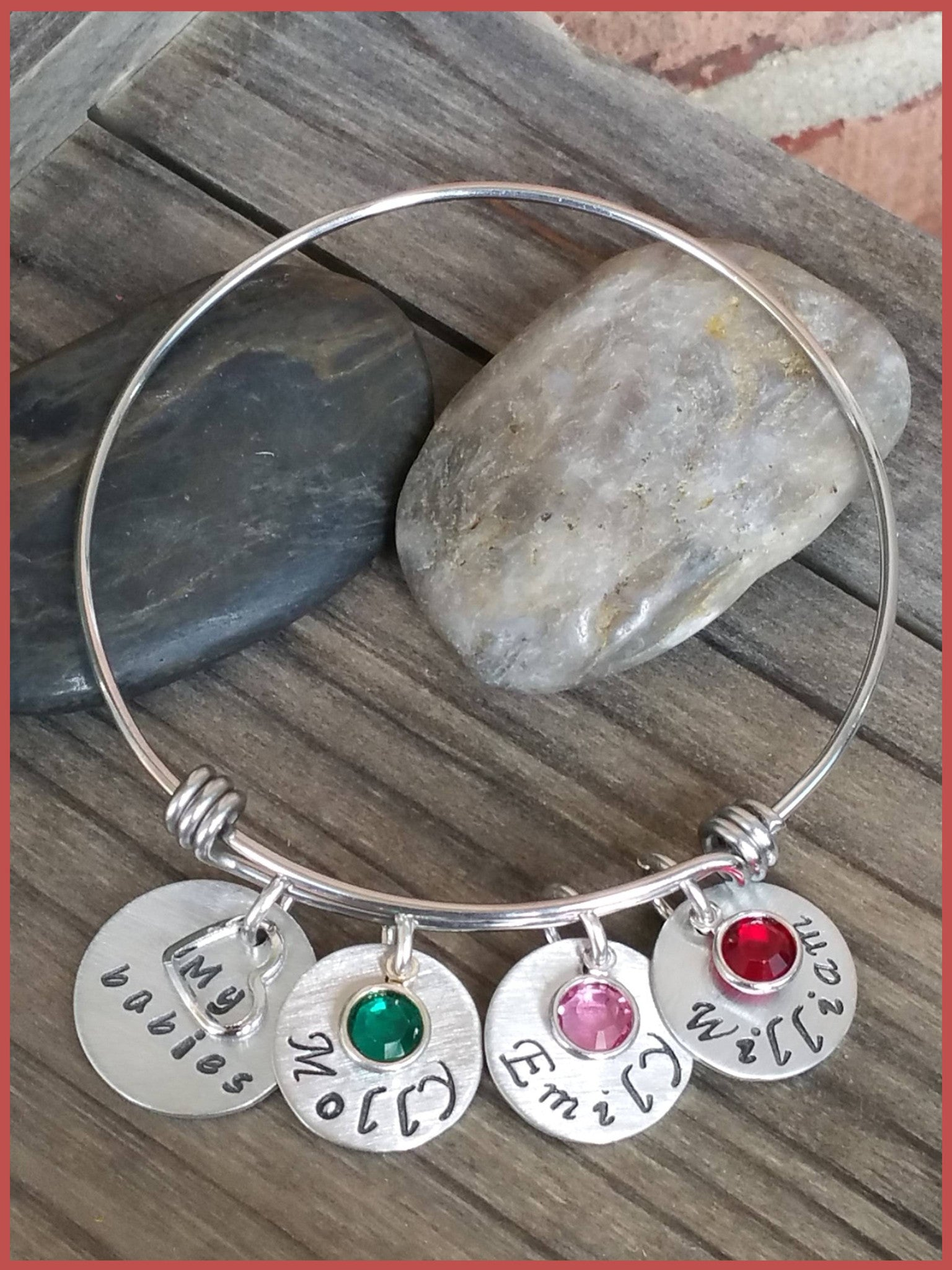 """Bedao Boutique's family love bangle bracelet - Personalized Jewelry"""