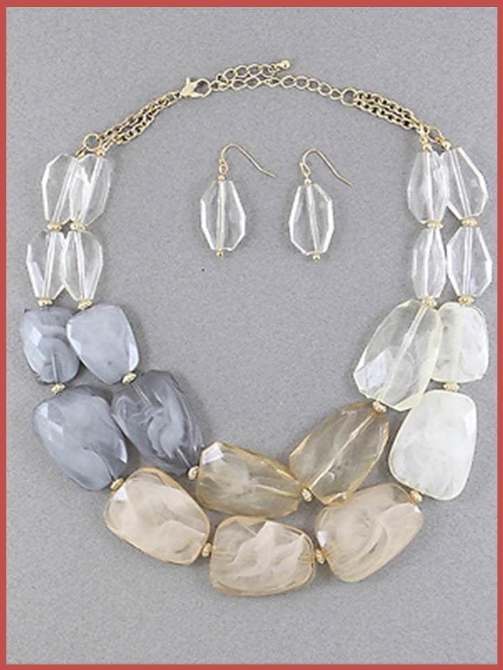 """Bedao Boutique's statement necklace - Jewelry"""
