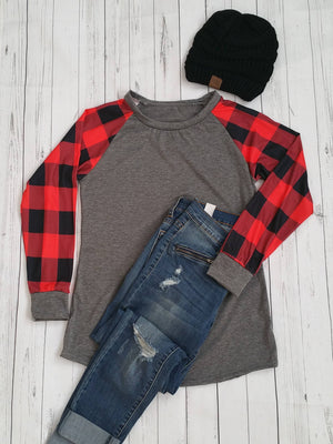 Women Plaid Clothes, Plaid Fashion, Plaid Clothing for women, Plaid Outfits, Plaid Tops, Flannel Shirt, Flannel Clothes, Plaid Day, Family Photos Outfits