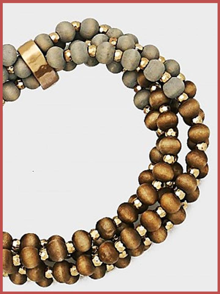 """Bedao Boutique's wood bracelet - Jewelry"""