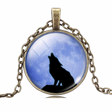 Image of Wolf Pendant