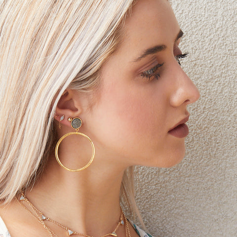 Hoopla Earrings in Gold/Black