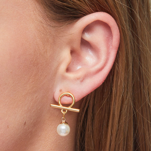 Bailey Earrings in Gold