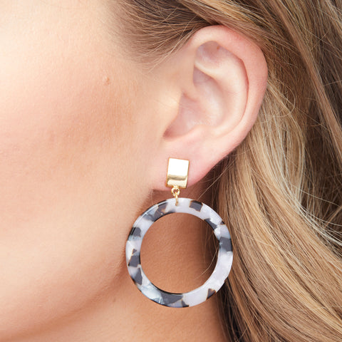 Brooke Earrings in Gold