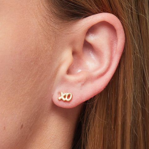 Xoxo Earrings in Gold