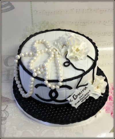 LOVE FASHION cake - I Love Cake Decorating