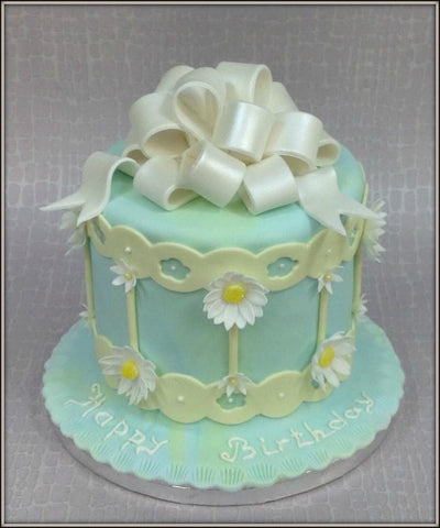 DAISY cake - I Love Cake Decorating