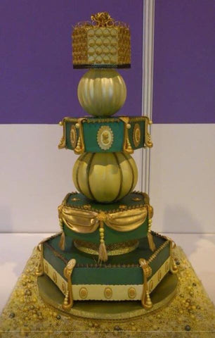 GREEN & GOLD wedding cake