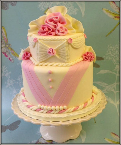 CLARA wedding cake - I Love Cake Decorating