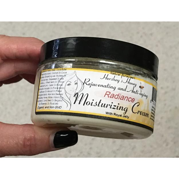 Making the Radiance Face Moisturizer Cream Organic and Non GMO Natural Sunscreen with Royal Jelly and Propolis